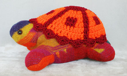 Red/orange/multi Navajo blanket turtle
