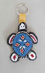 a3466 Turquoise/multi beaded turtle key holder, top view