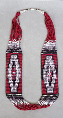 a3676 15-strand 2-panel red/gray/multi Ganado red rug necklace